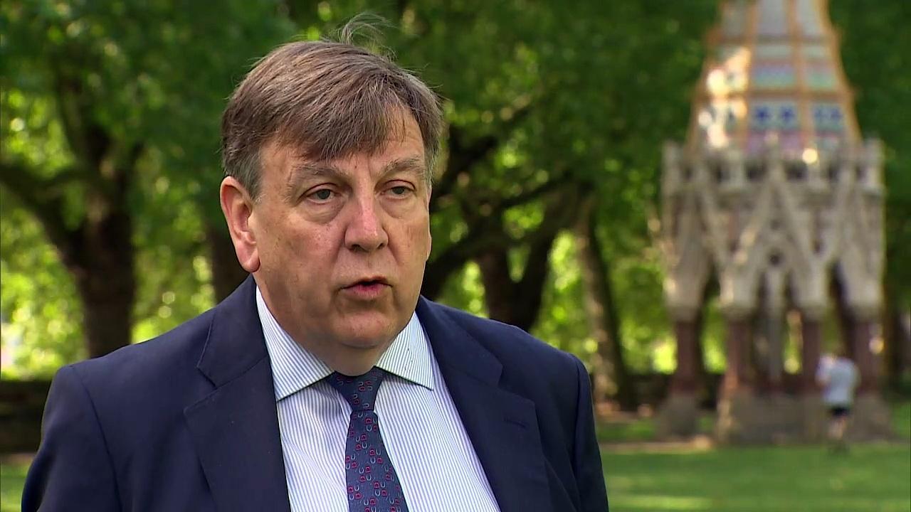 Minister defends UEFA VIP Euros travel talks
