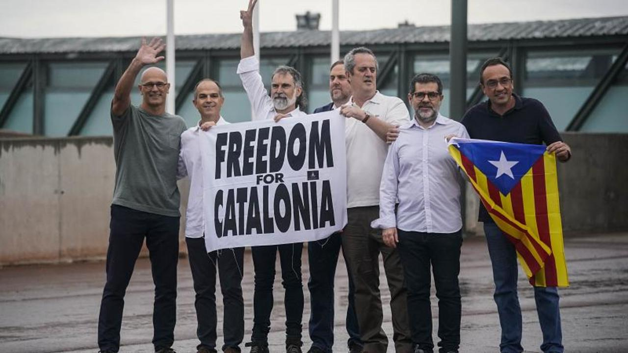 Pardoned Catalan pro-independence leaders leave prison in Spain