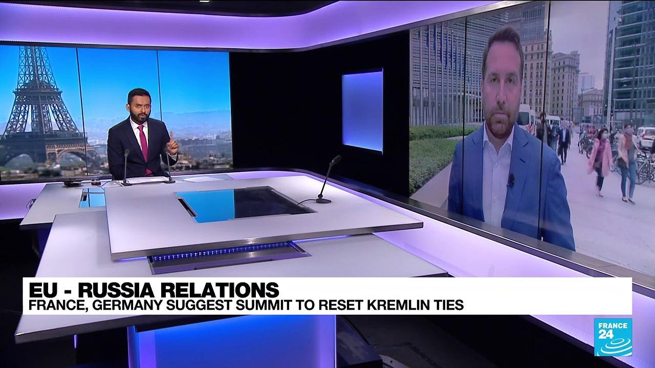 France, Germany suggest summit to reset Kremlin ties