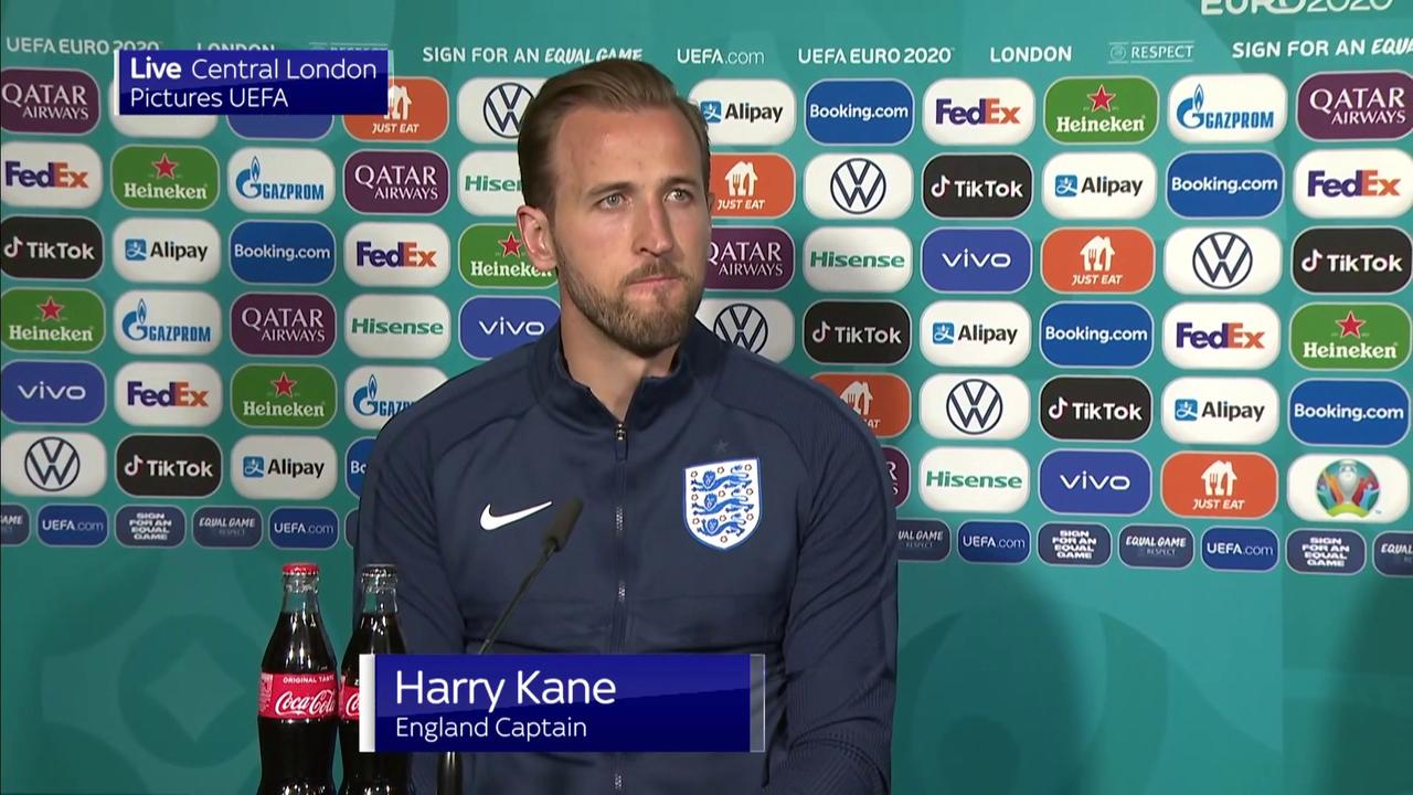 Kane 'learnt from Ice Euro 2016 defeat'