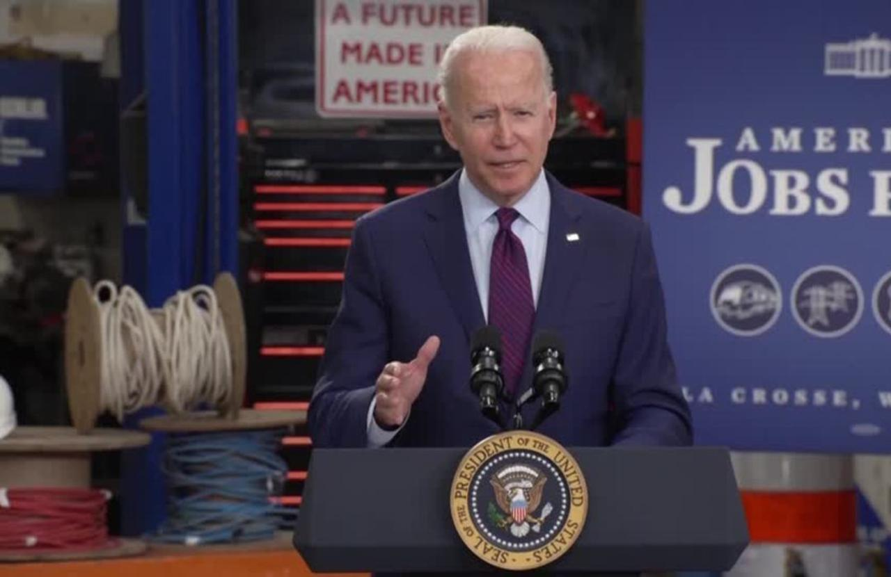Biden hits the road to sell infrastructure plan