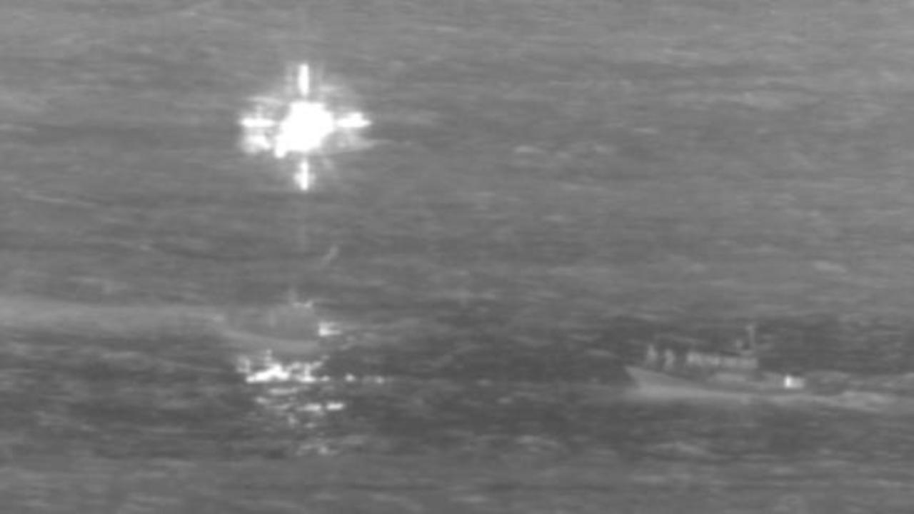 Cargo plane makes emergency landing in water near Honolulu
