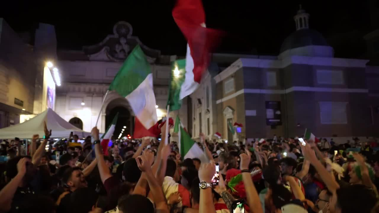 EURO 2020: Italian fans go wild in Rome after 2-1 victory over Belgium