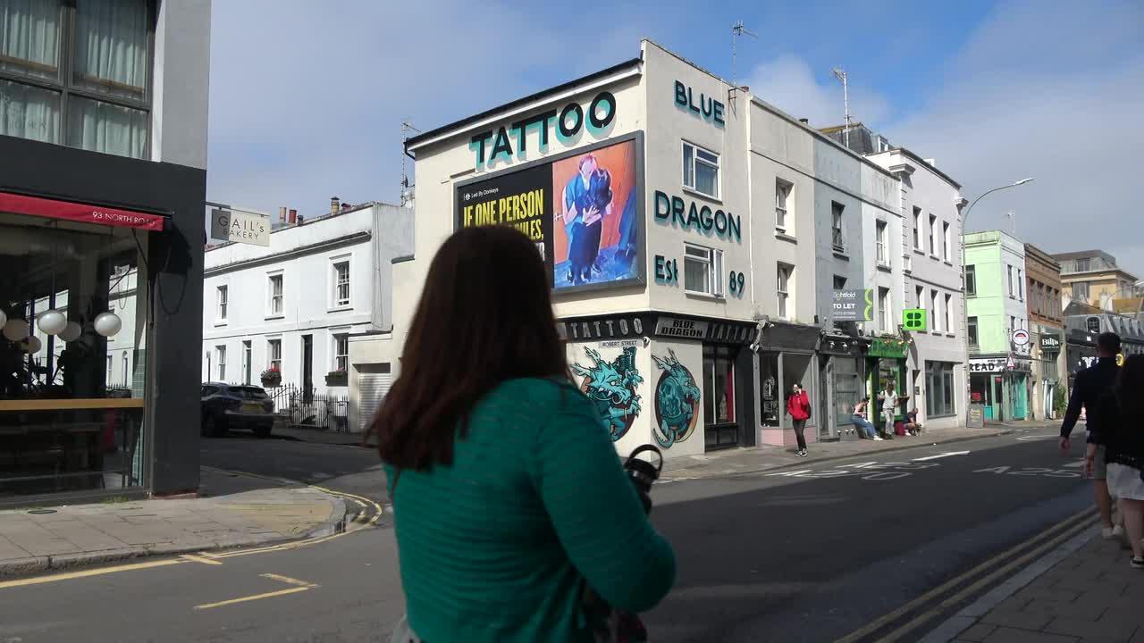 New gorilla billboard in Brighton targets Matt Hancock to the amusement of locals and day trippers alike