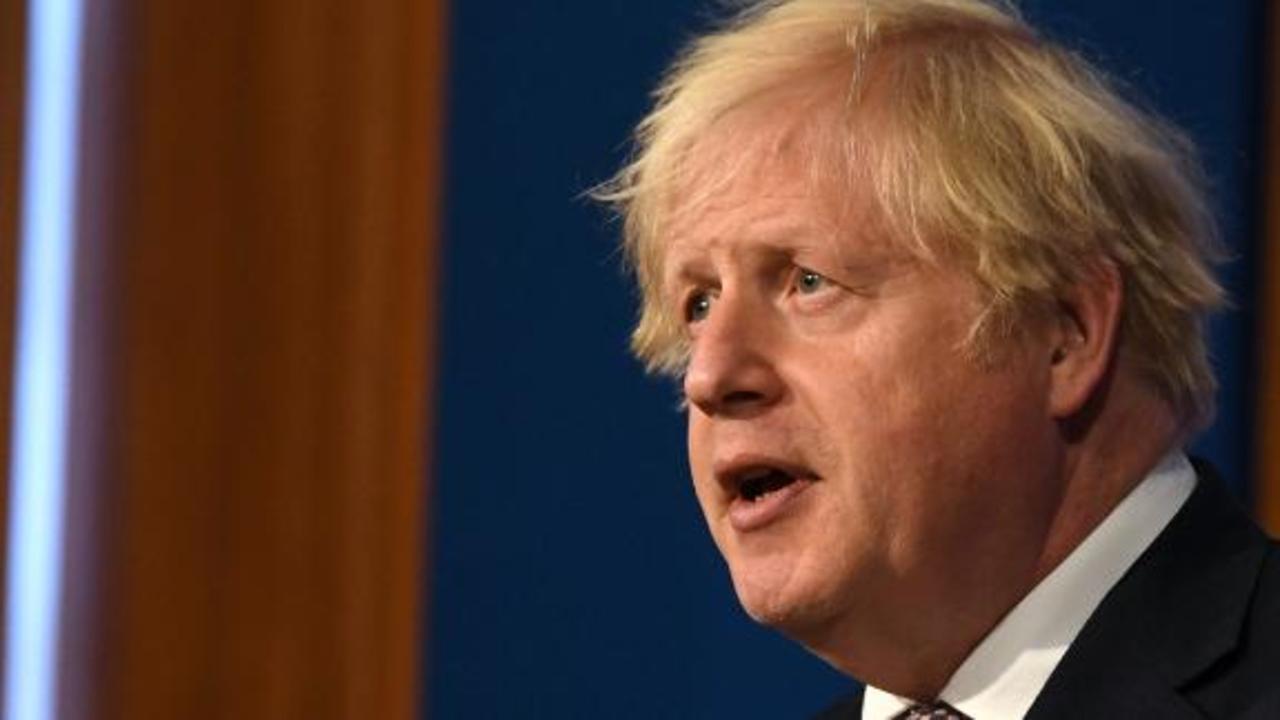 Boris Johnson to end mask mandate, nightclub restrictions