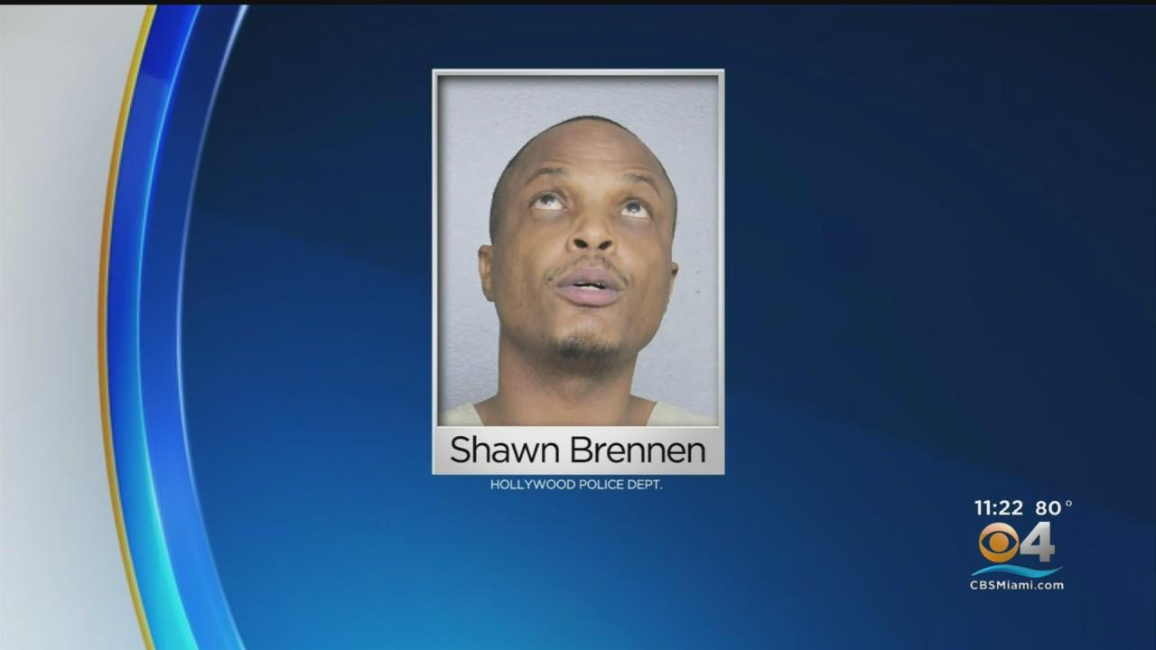 43-Year-Old Man Accused Of Threatening, Charging Hollywood Police Officer