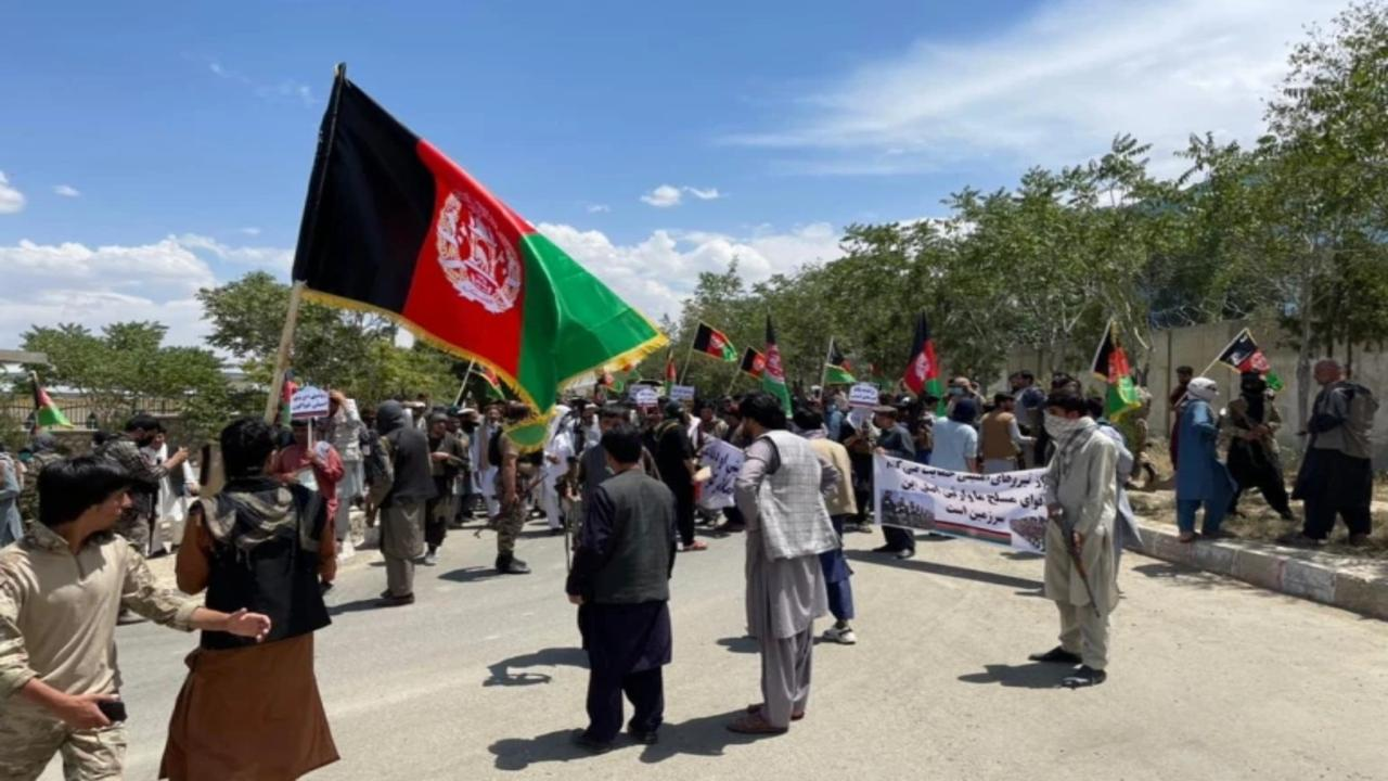Afghan gov't struggles to counter sweeping Taliban advances