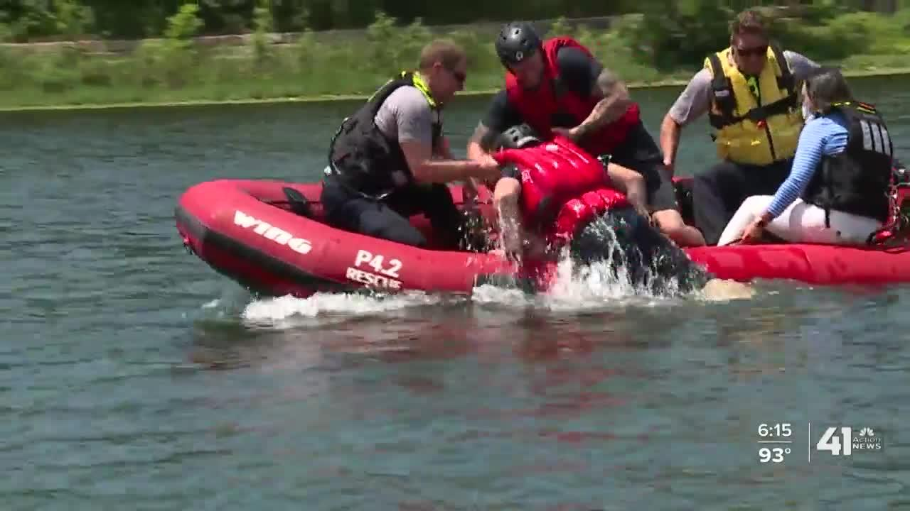 Lenexa Fire recruits train on water rescue for drownings