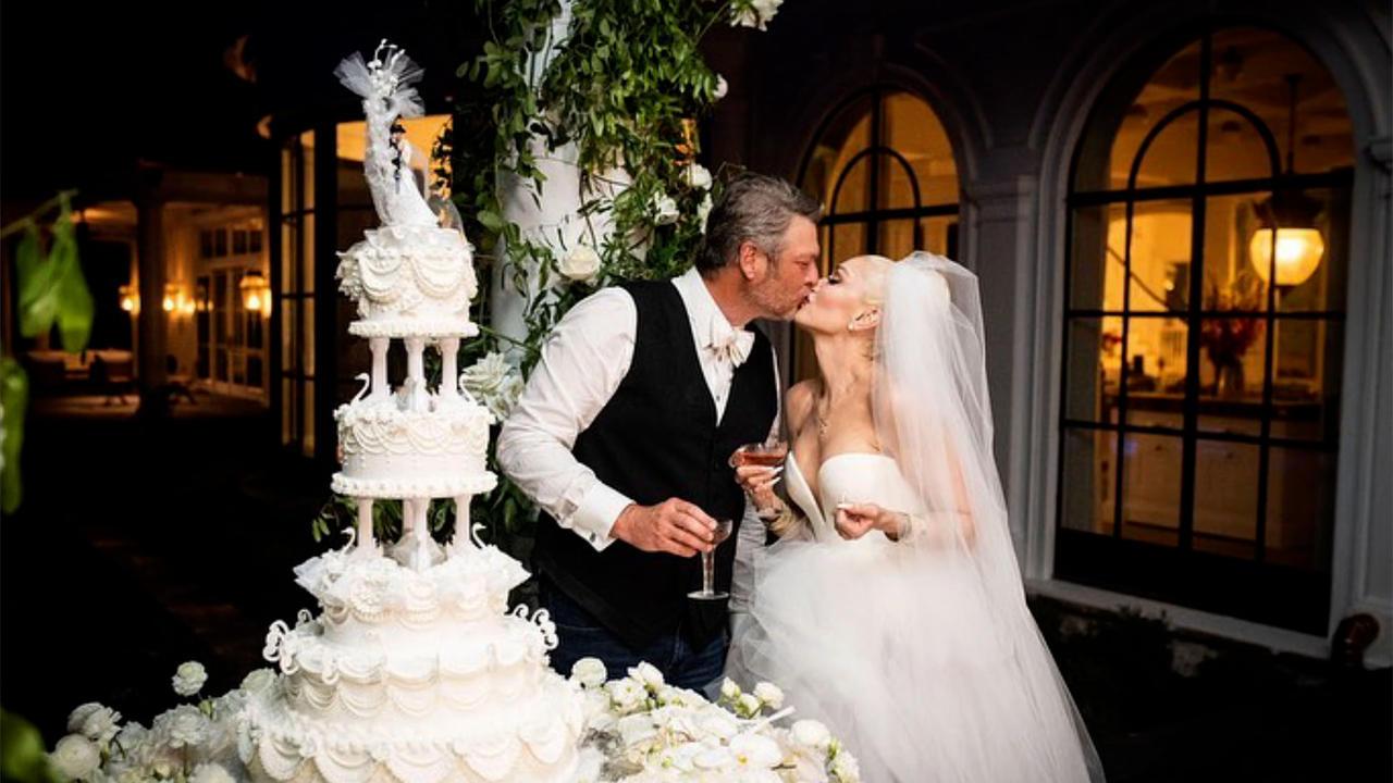 NEWS OF THE WEEK: Gwen Stefani stuns in wedding dress snaps