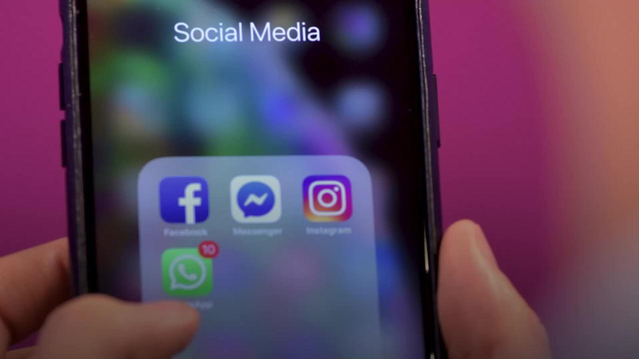 Media minister: Advertisers should raise abuse concerns with social media firms
