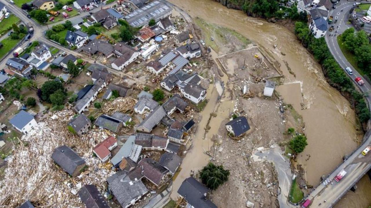 Germany floods: Dozens dead after heavy rain hits western part of country