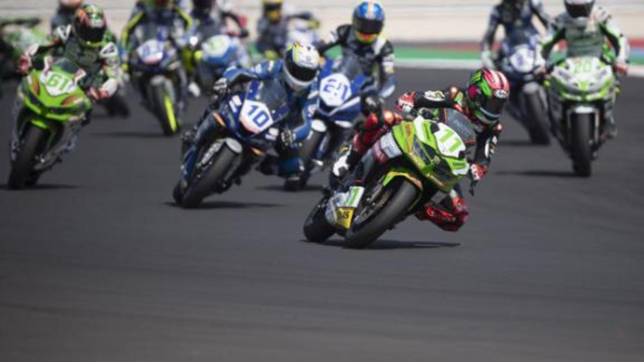 Motorcycle racer Ana Carrasco from broken back to victory in only eight months