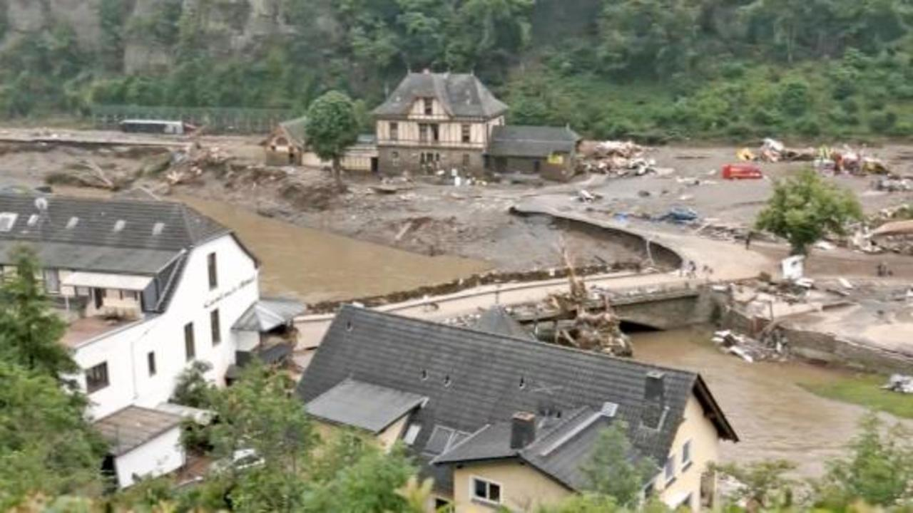 Picturesque German town now choked with mud and debris