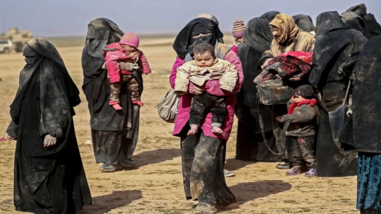 Should families of foreign ISIL fighters be able to return home?   Inside Story