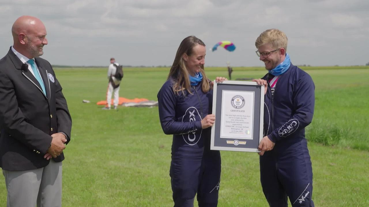 Skydivers set world record to celebrate end of restrictions