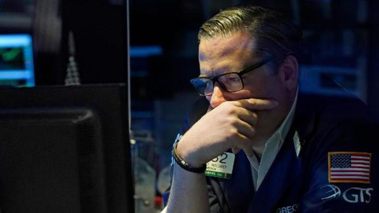 Dow sinks more than 700 points on Delta variant fears