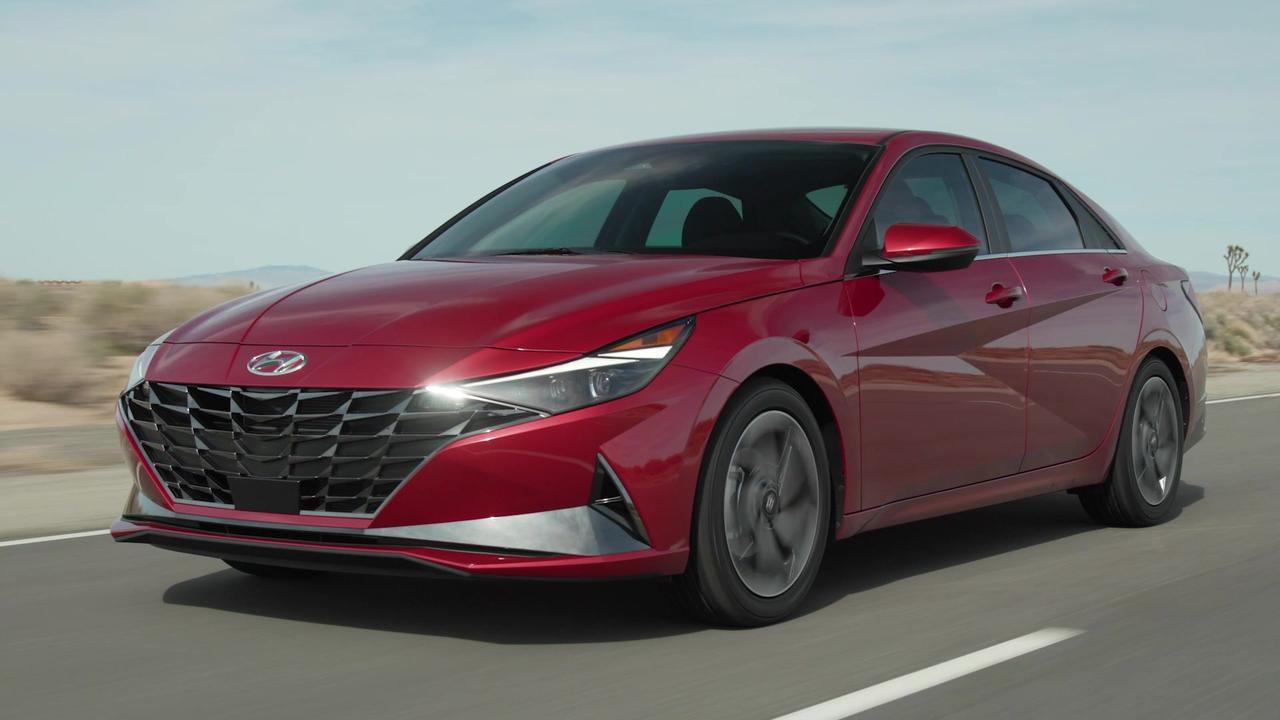 2022 Hyundai Elantra Driving Video