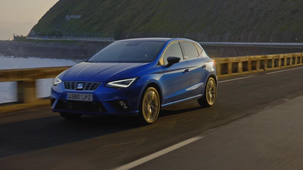 The new SEAT Ibiza XC in Saphire Blue Driving Video