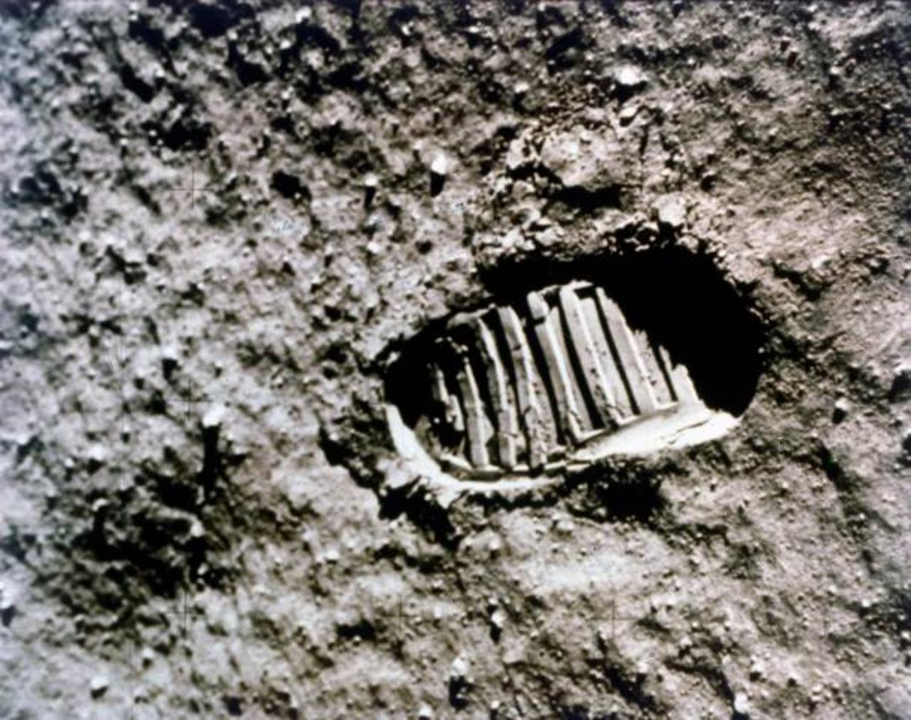 This Day in History: Armstrong Walks on Moon