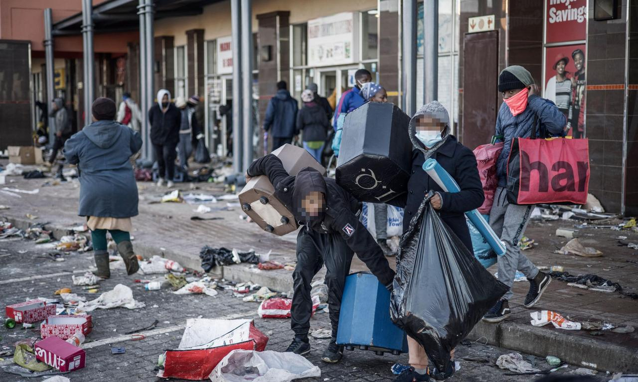 South Africa grapples with unrest as looting and violence continue