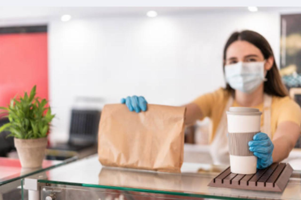 Service Industry Workers Quit at Record Rate