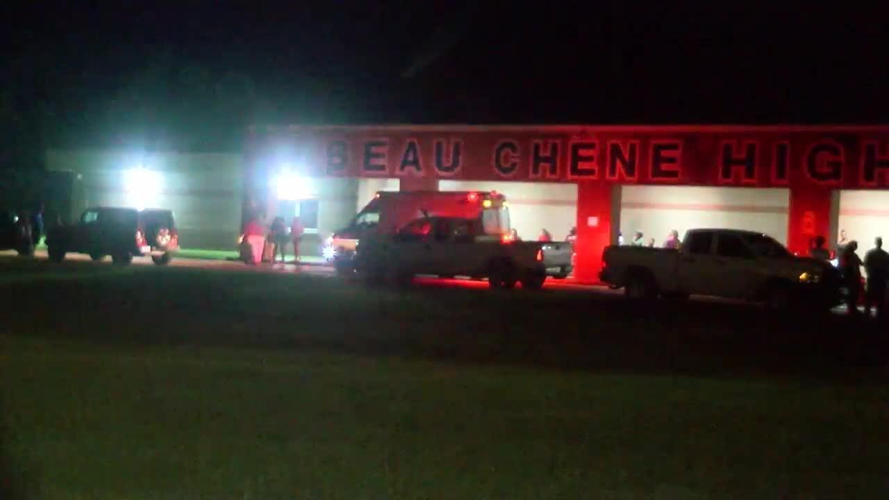 Body of 17-year-old recovered from retention pond near Beau Chene High School