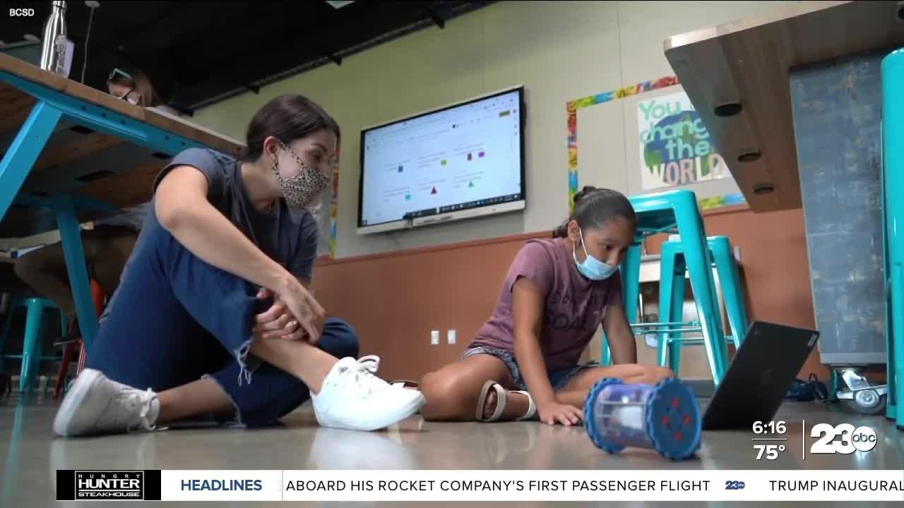 Kern's Kindness: Girls Robotics Class