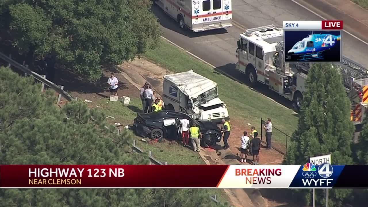 Multi-vehicle crash damages U.S. Postal Service mail truck near Clemson, Sky 4 video shows