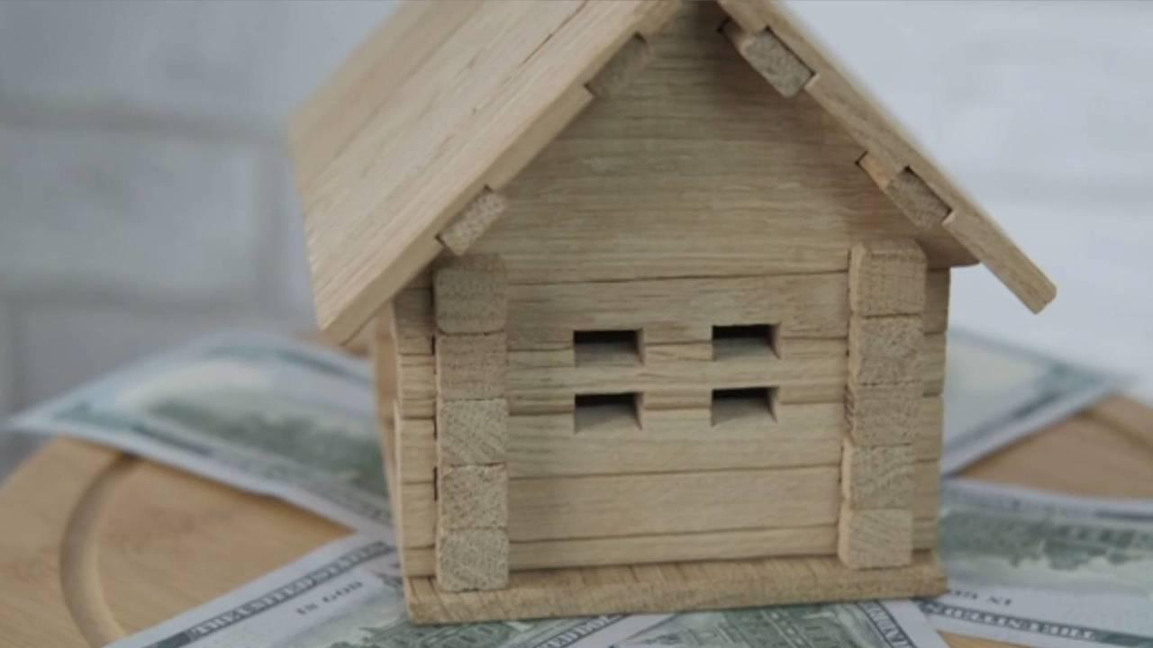 Should You Pay Off Your Mortgage Early or Save? Here's How to Decide