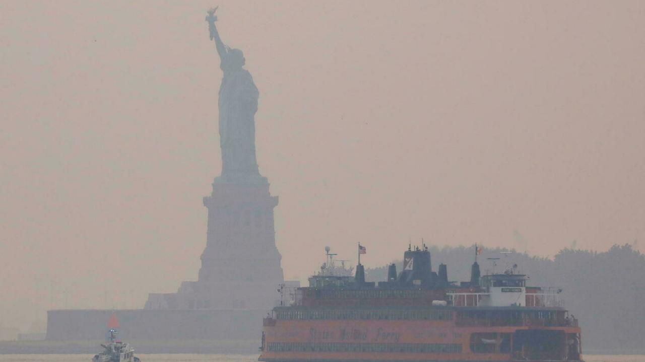 Haze From Western Wildfires Spreads to East Coast Prompting Health Warnings