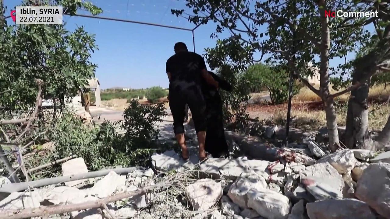 Syria army shells rebel bastion killing seven