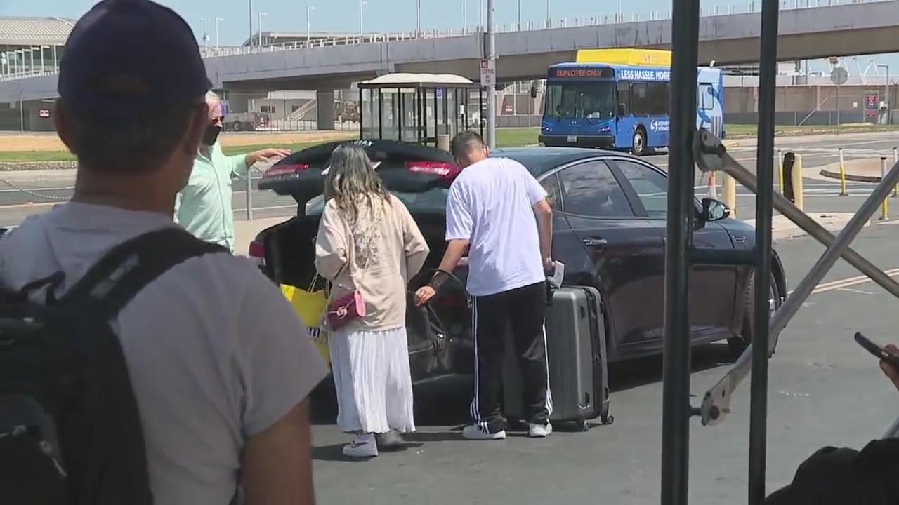 SMF travelers struggle with rideshare shortages, surges