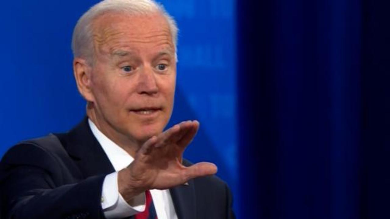 See moment Biden teases (then praises) Fox News hosts