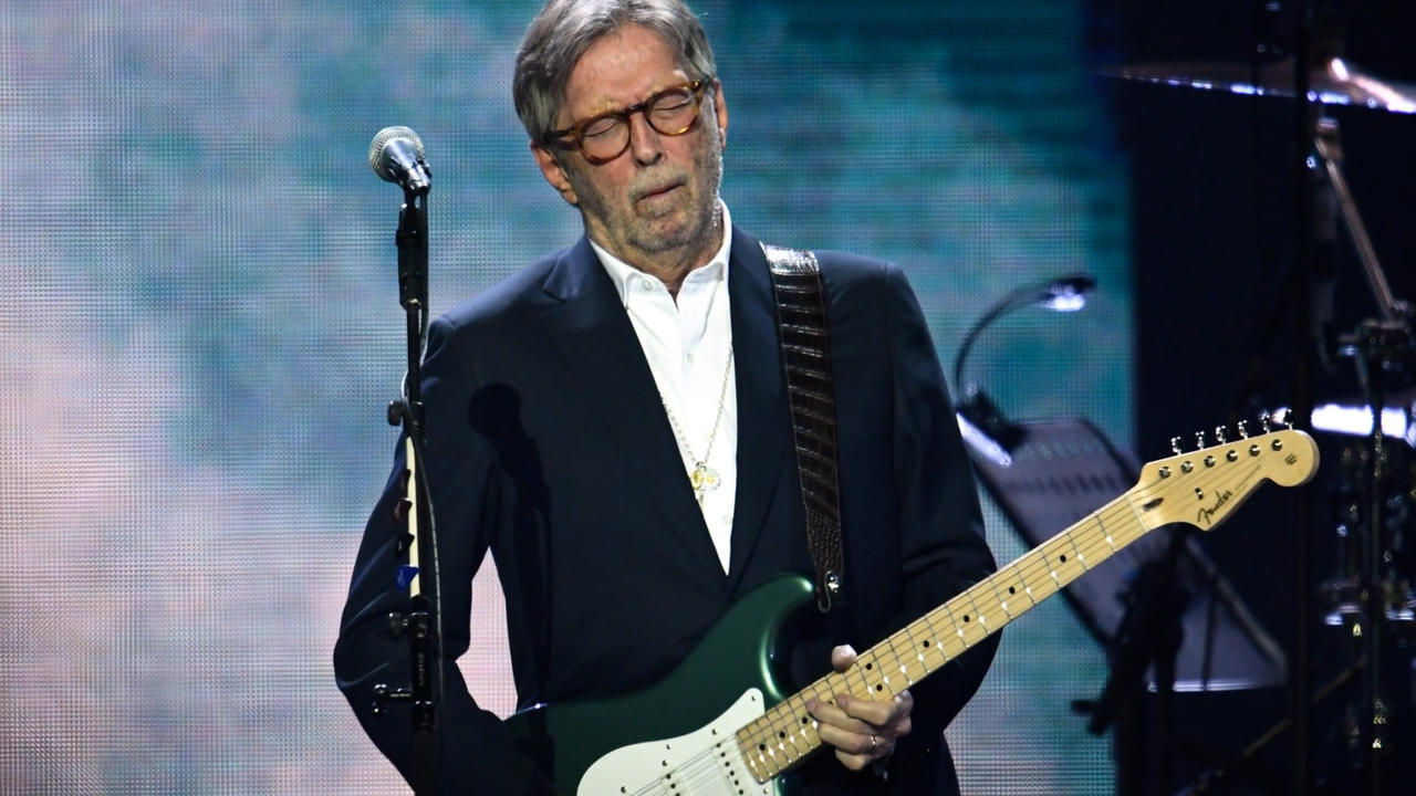 Eric Clapton insists he won't be playing venues with tough vaccination rules