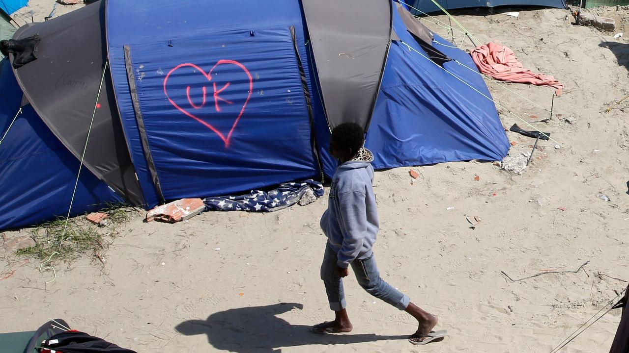 UK, France boost efforts to stymie undocumented migrants