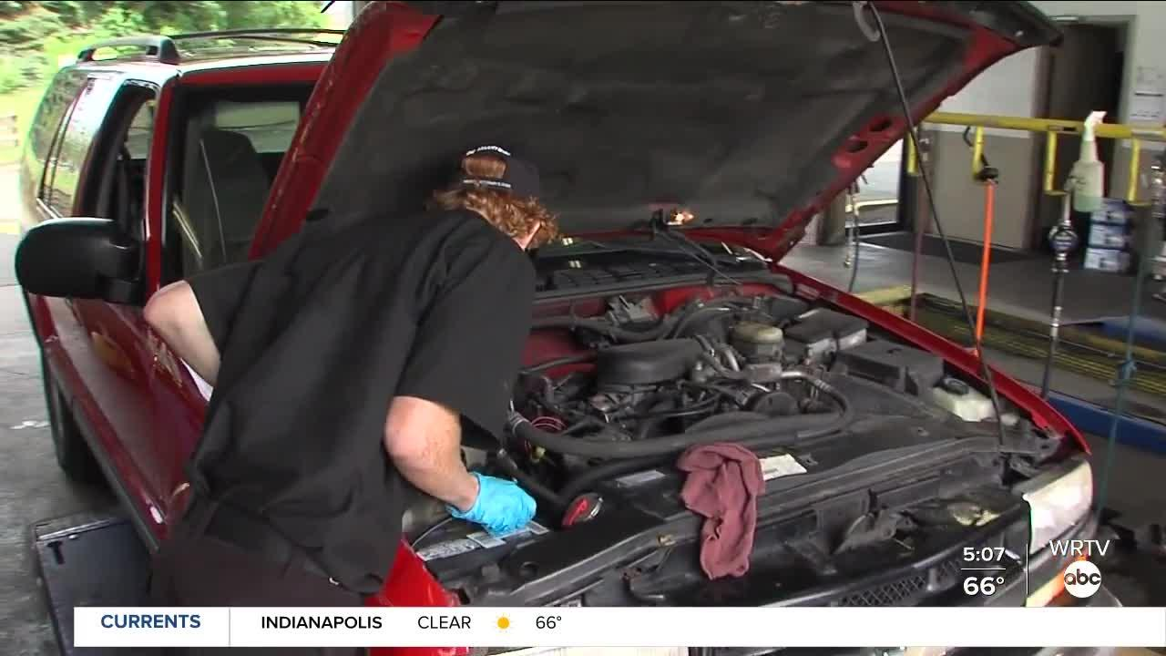 Jiffy Lube internship gives high school students hands-on experience