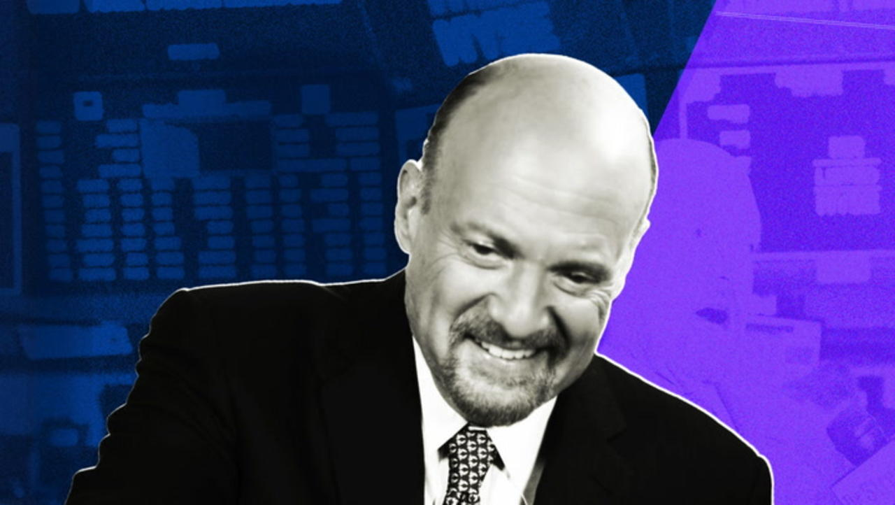 Cramer Says Market Is 'Nutty,' Watch Interest Rates to Gauge Delta Impact