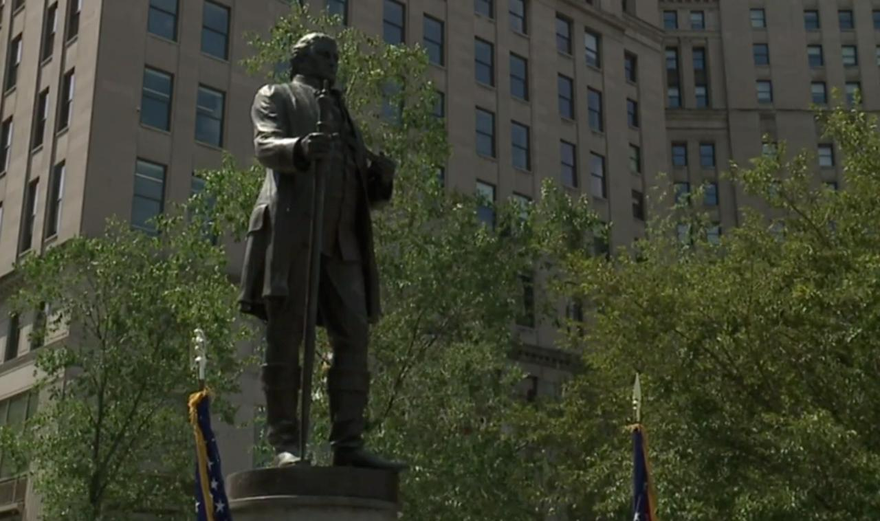 Cleveland celebrates its founding with wreath-laying ceremony at Public Square