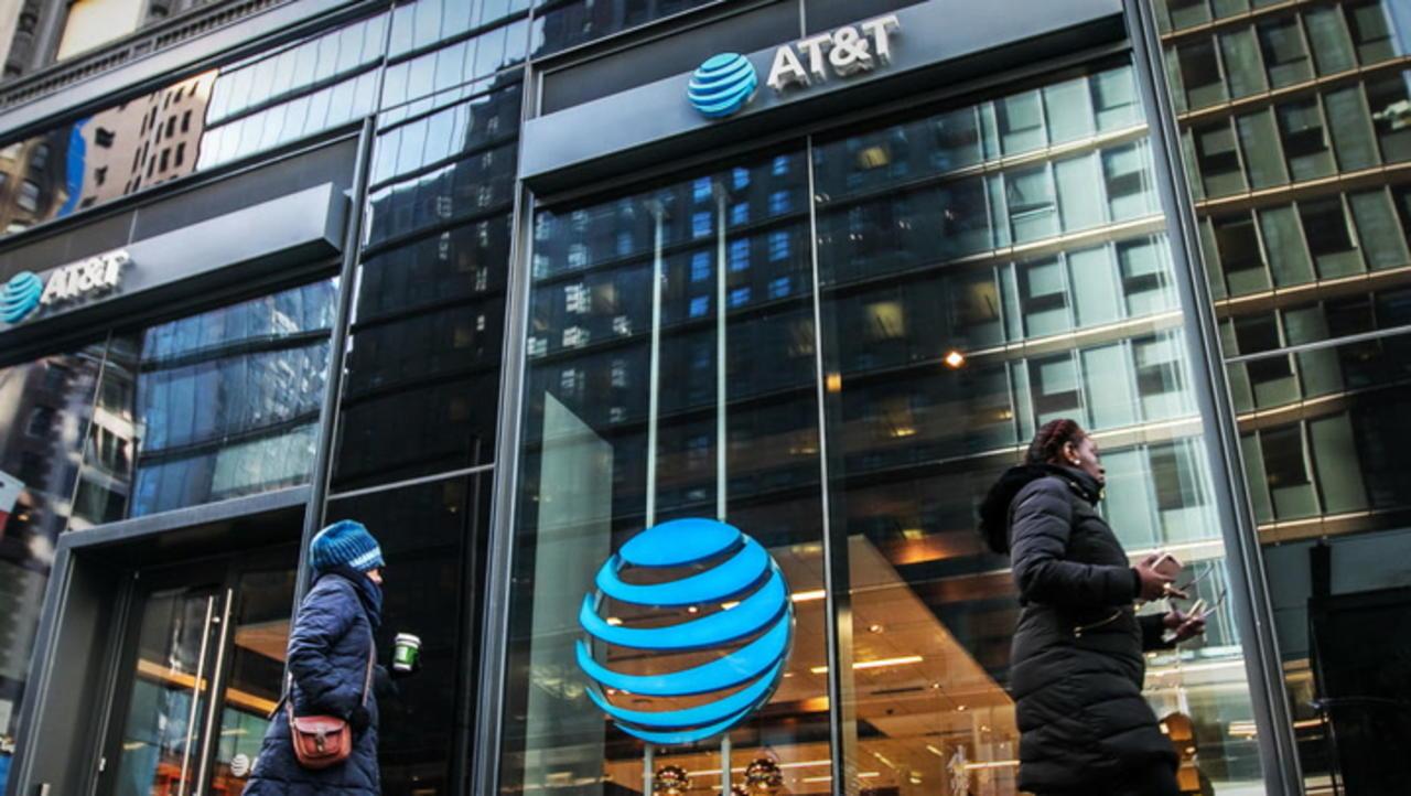 Jim Cramer Says AT&T Stock Isn't Worth Owning Despite Earnings Beat