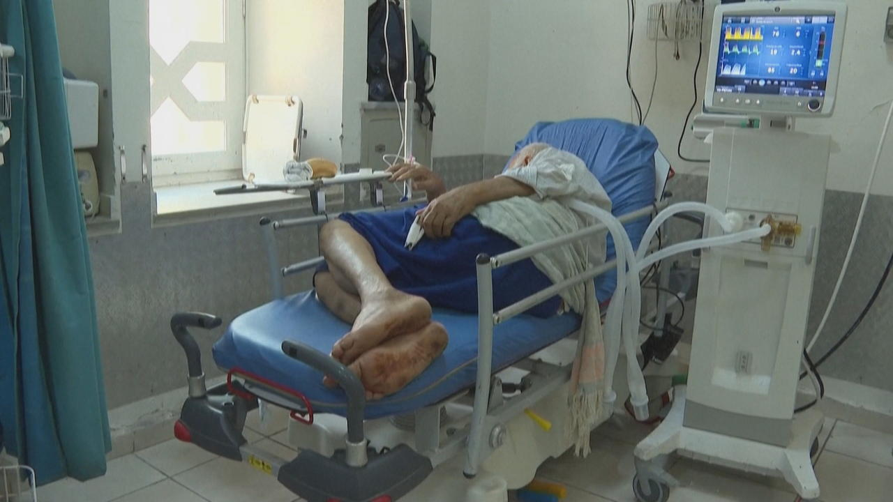 Tunisia struggles with worsening COVID crisis