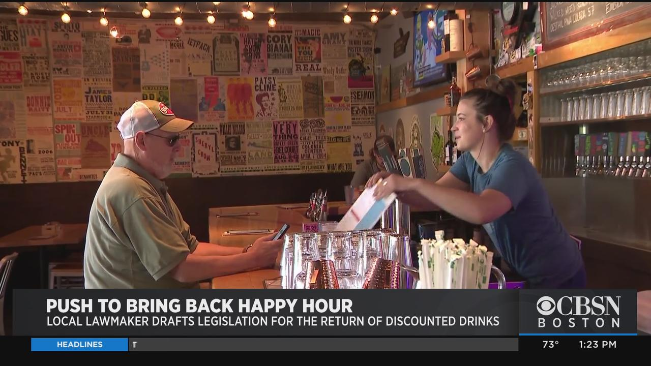 Lawmaker Pushes To Bring Back Happy Hour In Massachusetts