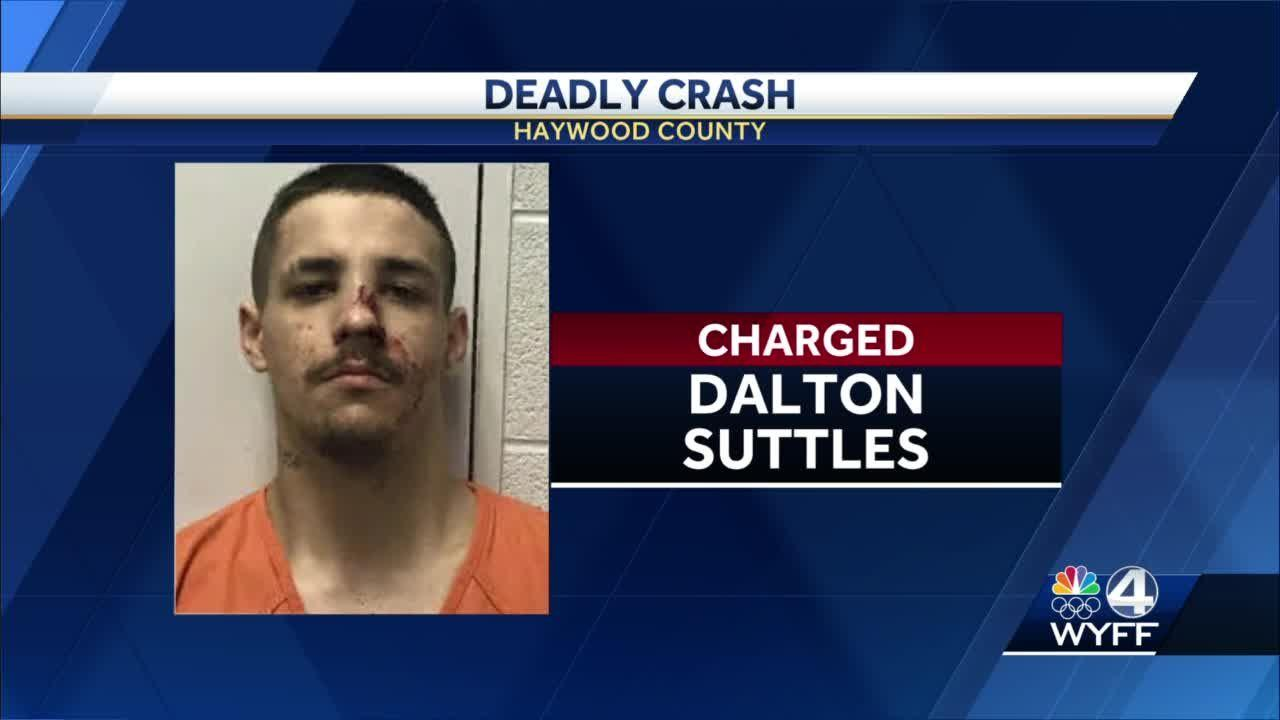 Deputies: 1 killed, 2 injured when man intentionally drives into oncoming traffic during chase
