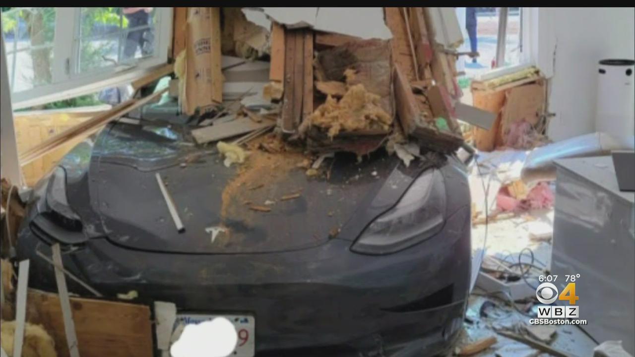 Tesla Crashes Into Sudbury Orthodontist Office
