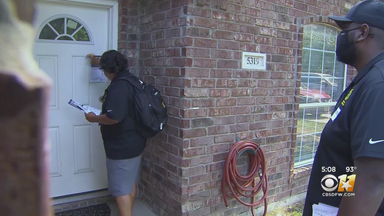 Health Experts Go Door To Door To Educate Dallas County Residents On COVID-19 Vaccine