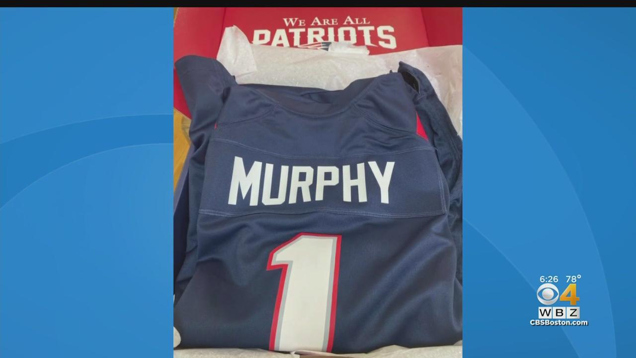 Robert Kraft Sends Note, Patriots Jersey To Murphy Family