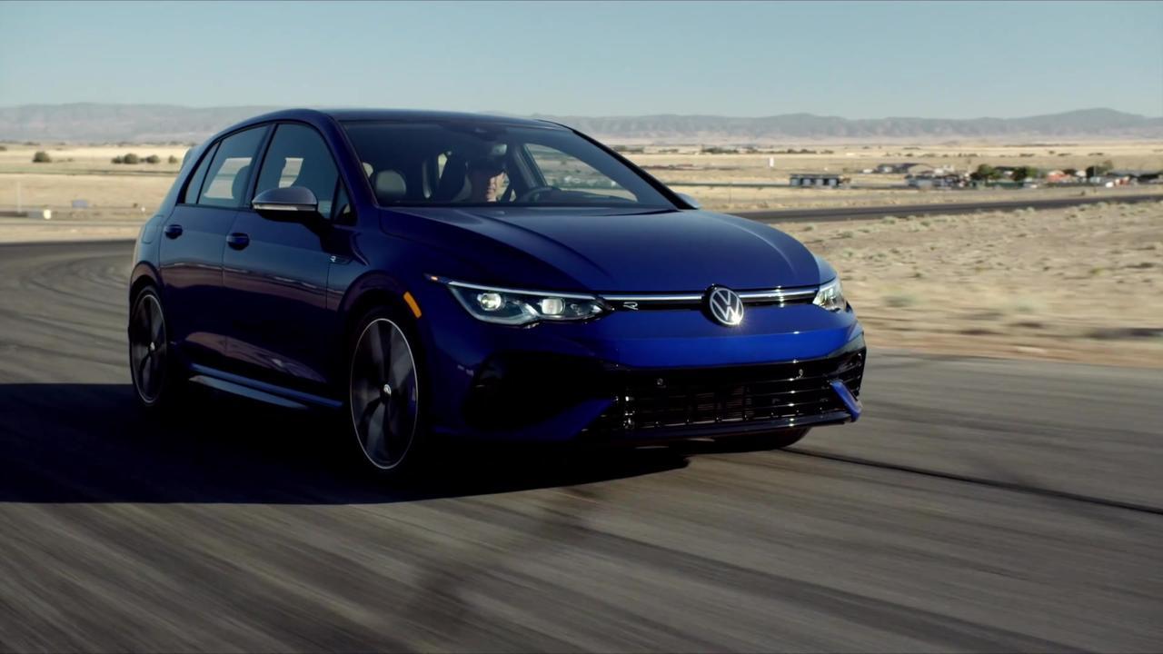 2022 Volkswagen Golf R Driving Video