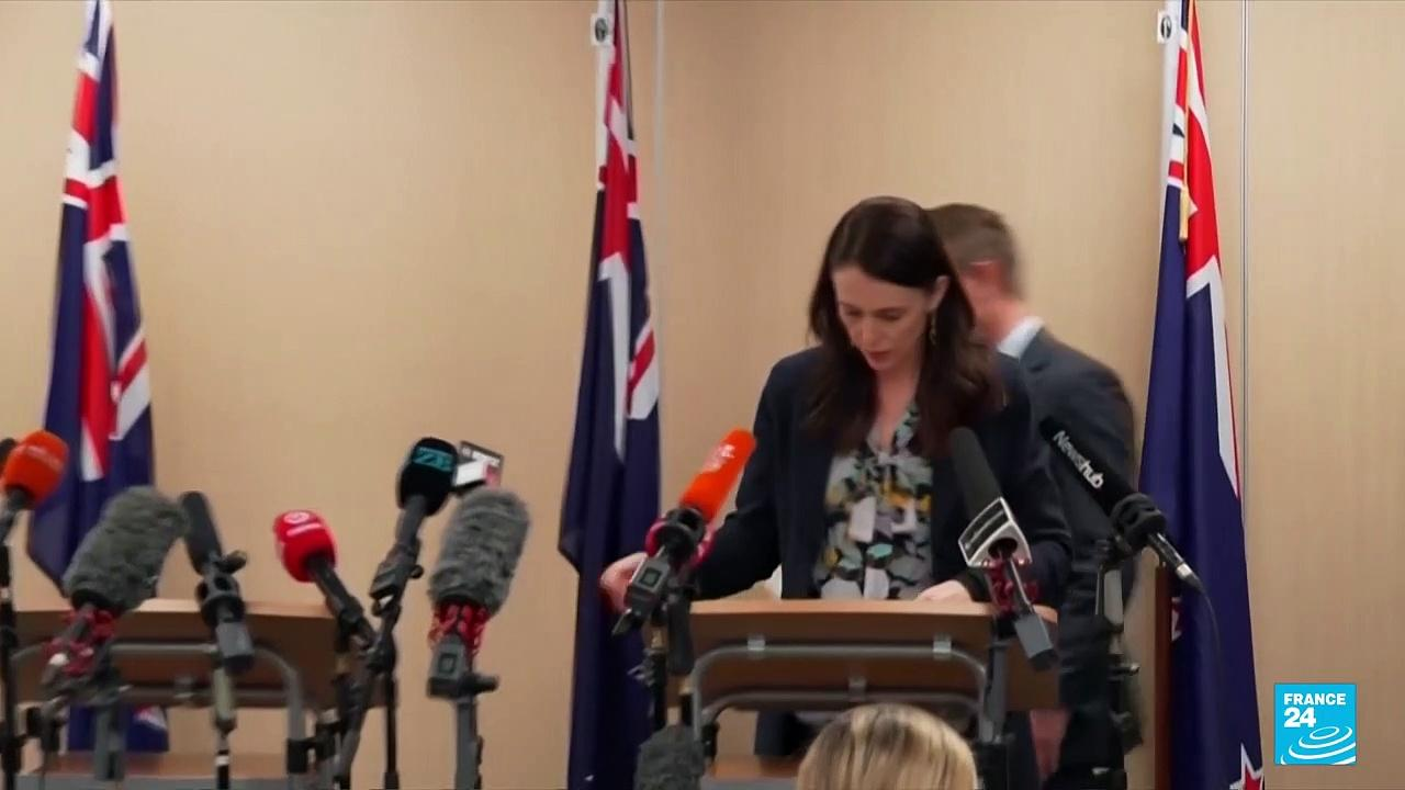 NZ halts 'travel bubble' with Australia amid surge in Covid cases