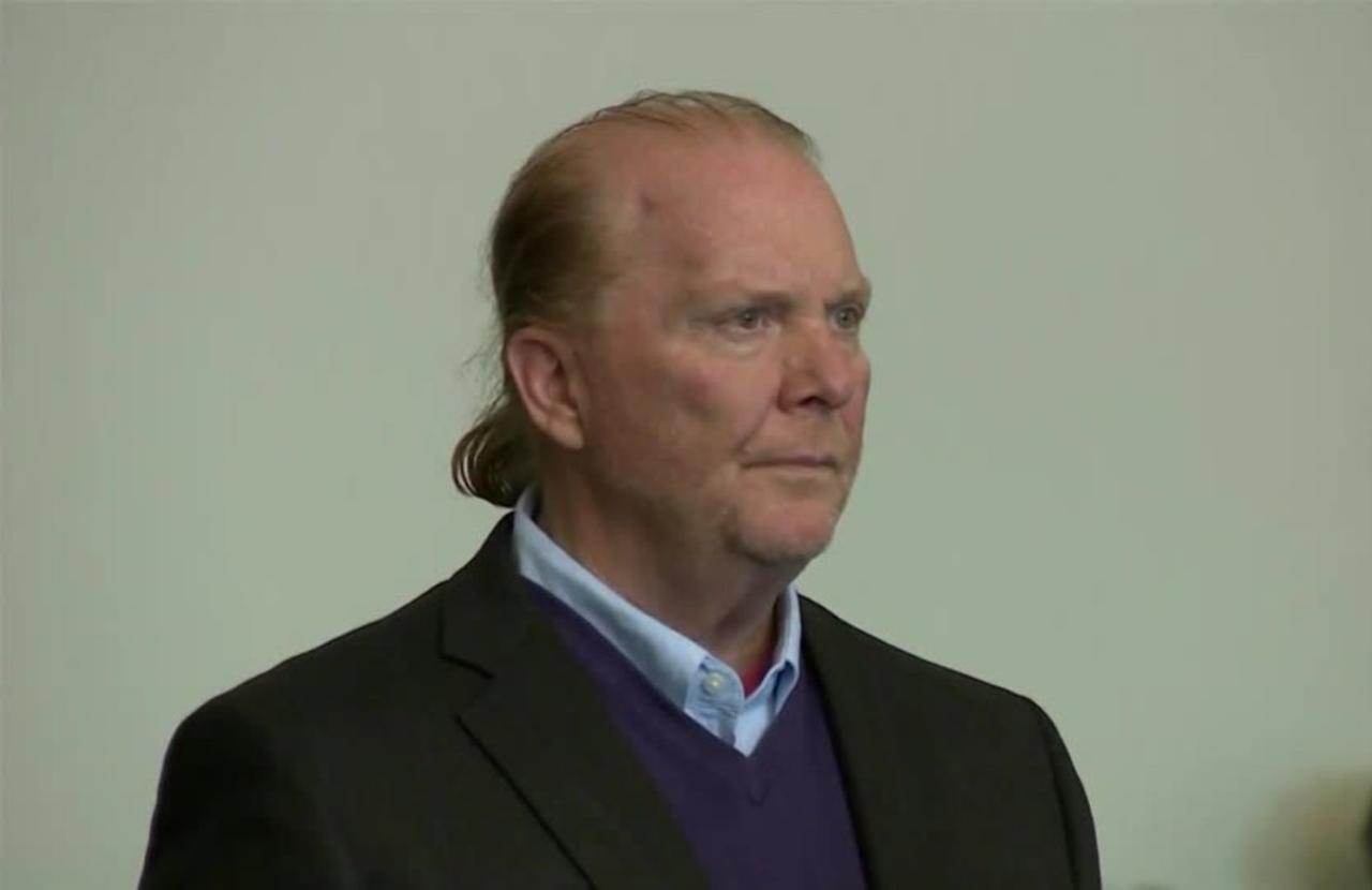 Mario Batali agrees to $600K sexual harassment settlement