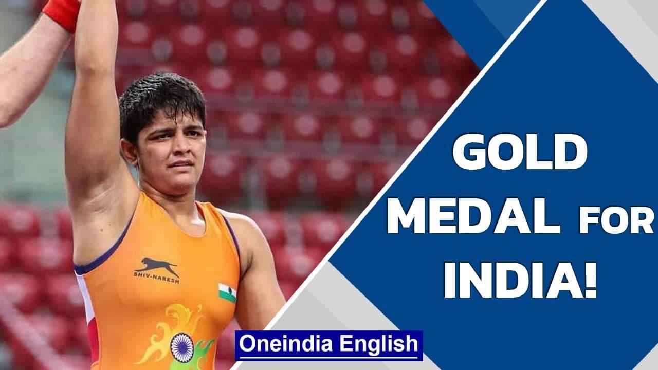 Priya Malik wins gold medal in World Cadet Wrestling Championships in Hungary | Oneindia News