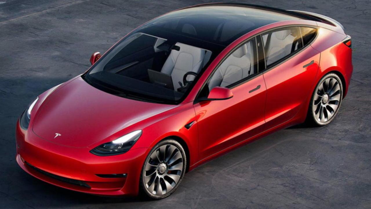 Chip Shortage and Tesla Stock: Cramer, Maurer Discuss Elon Musk's Earnings Call